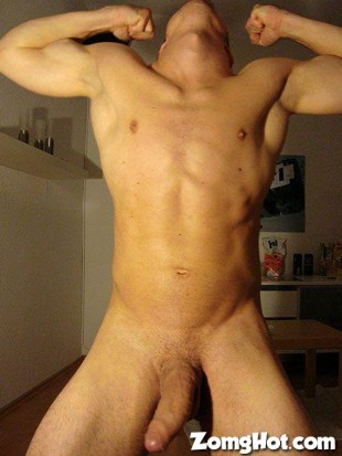 ripped guy huge cock